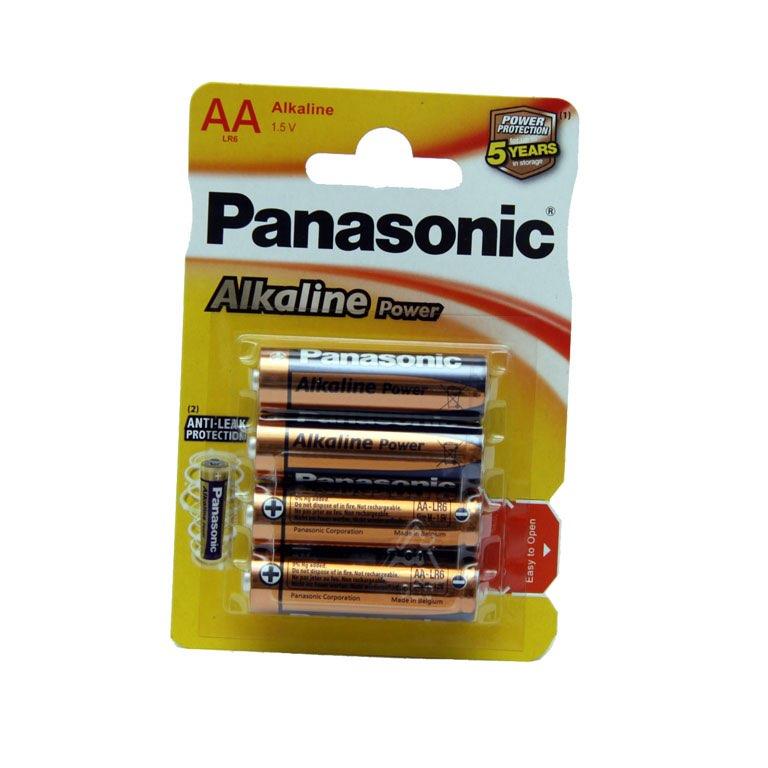 Caja 12 blister Pilas panasonic LR06